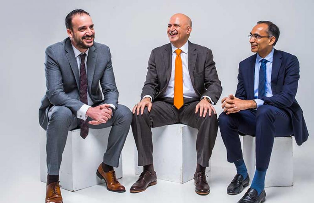 Face to face:N. Valrani, P. Idicheria, C. Sarafopoulos, Al Shirawi FM